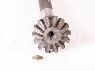 Belarus/MTZ shaft  063 vertical  (short drive front axle) Bulgarian, non-original (1)