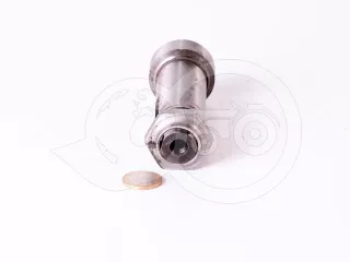 Belarus/MTZ shaft 094 + nut (draft 82 out- drive) (1)