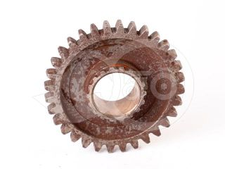 Belarus/MTZ pinion 224 Z = 32/18 (1 and reverse gear) (1)